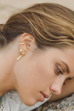 Shiny star ear cuff gold plated