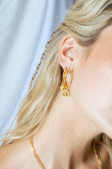 Wild classic earring gold small (20mm)