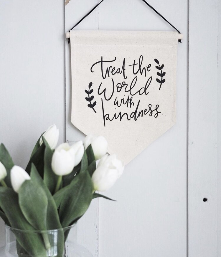 Darwin & Gray Treat The World With Kindness Classic Banner