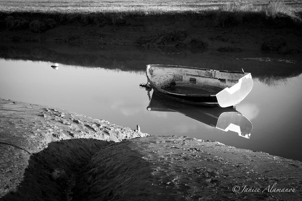 L014912bw Quiet Creek