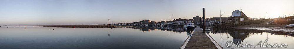 L042917pan Calm Harbour