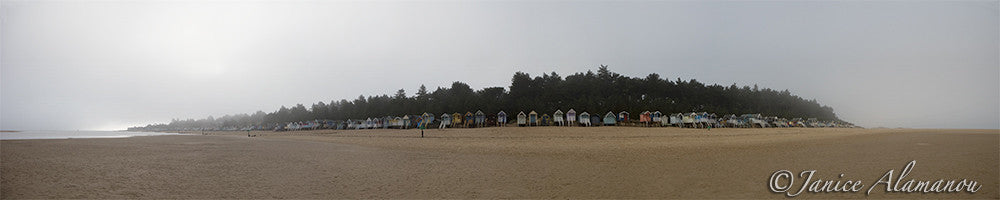 L241915pan Morning Huts