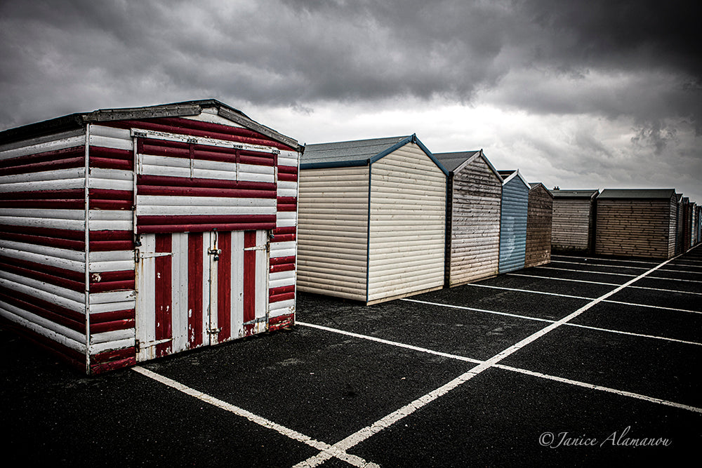 L810319 Winter Beach Huts