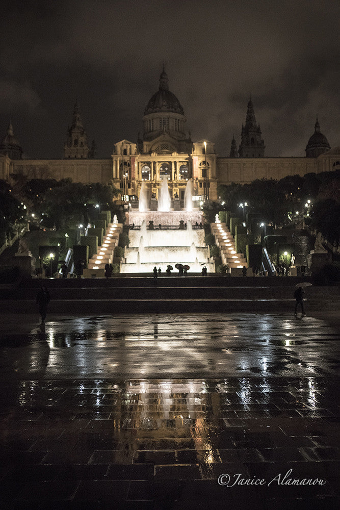 L898516 Barcelona Nights
