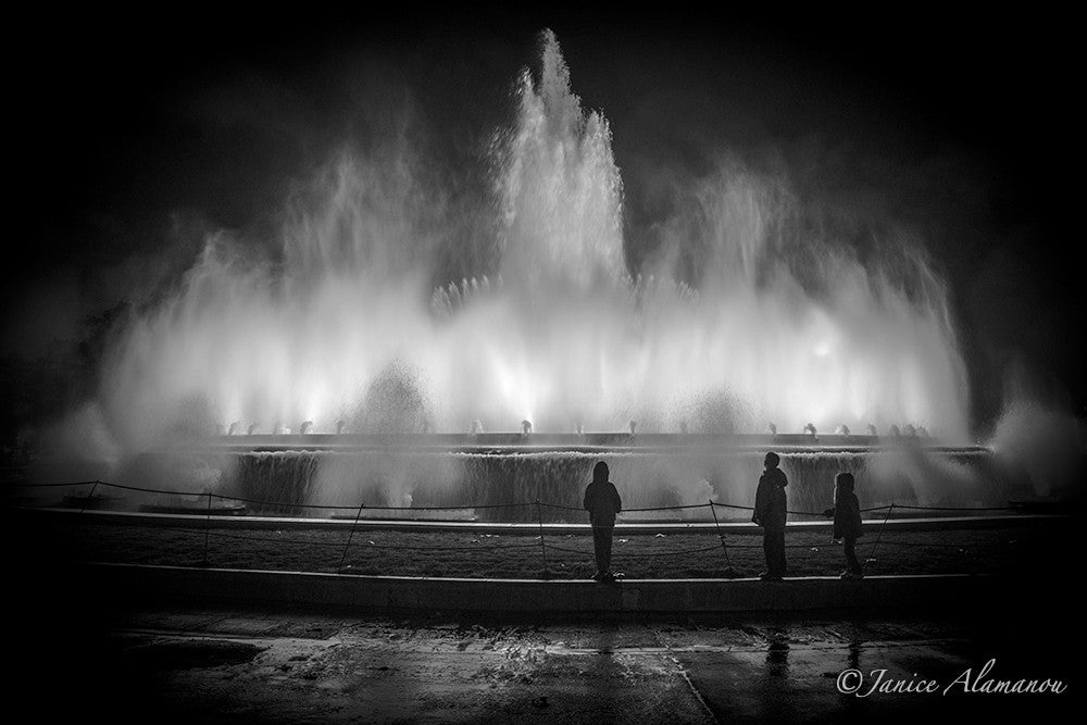 L900316bw Barcelona Fountains
