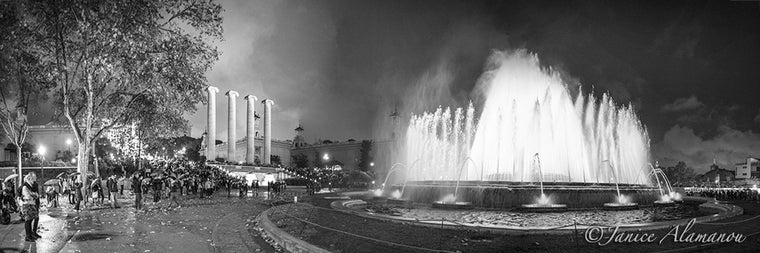 L901916bwpan Barcelona Fountains