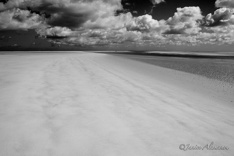 LBc406112bw Sand to Sea