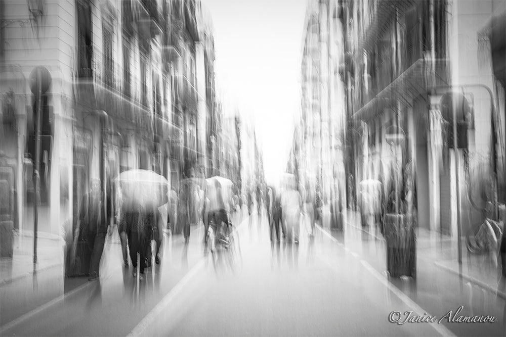 LIT412018bw Essence of Palermo, Umbrellas 2