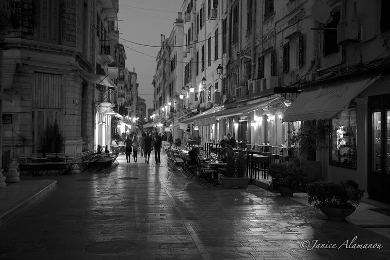 PG946812bw Corfu Town Cafes