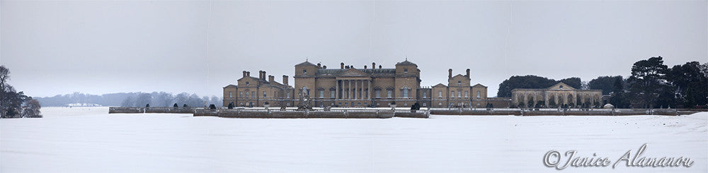 PN788412pan Holkham Hall Snow in the Grounds