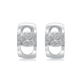 "Classic ""Link"" style earring in 14 kt white gold,paveé set with milgrain details"