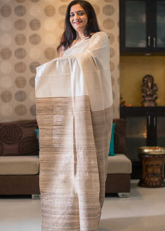 IHAAT.IN Handwoven TUSSAR SILK NATURAL COLOUR WITH RAW PALLU