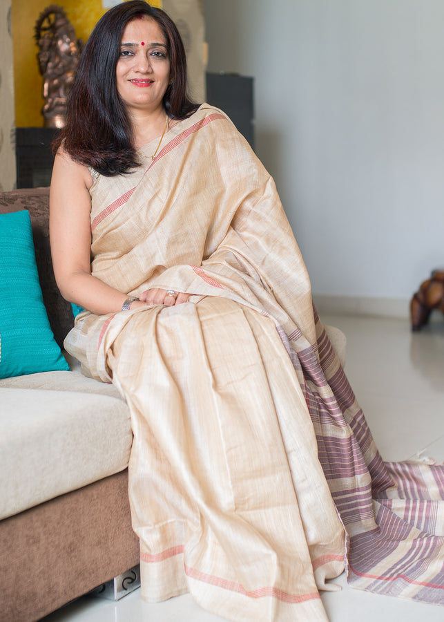IHAAT.IN Handwoven TUSSAR SILK NATURAL COLOUR WITH RED BORDER AND MEDIUM BURGUNDY STRIPE PALLU