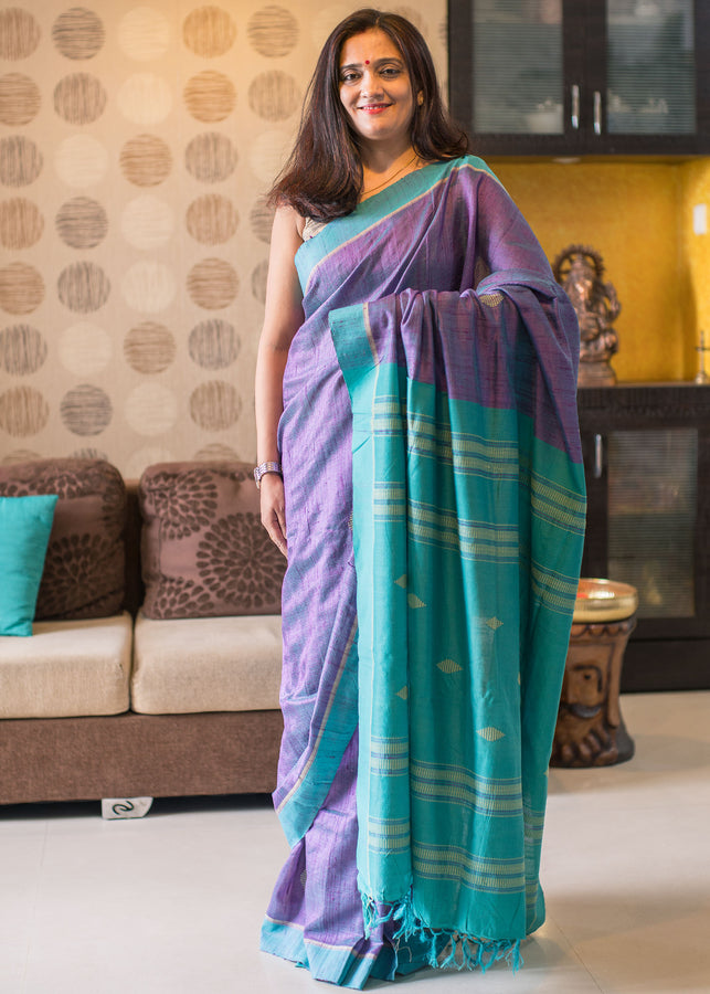 ihaat.in handwoven Violet Tussar Saree with Blue Pallu