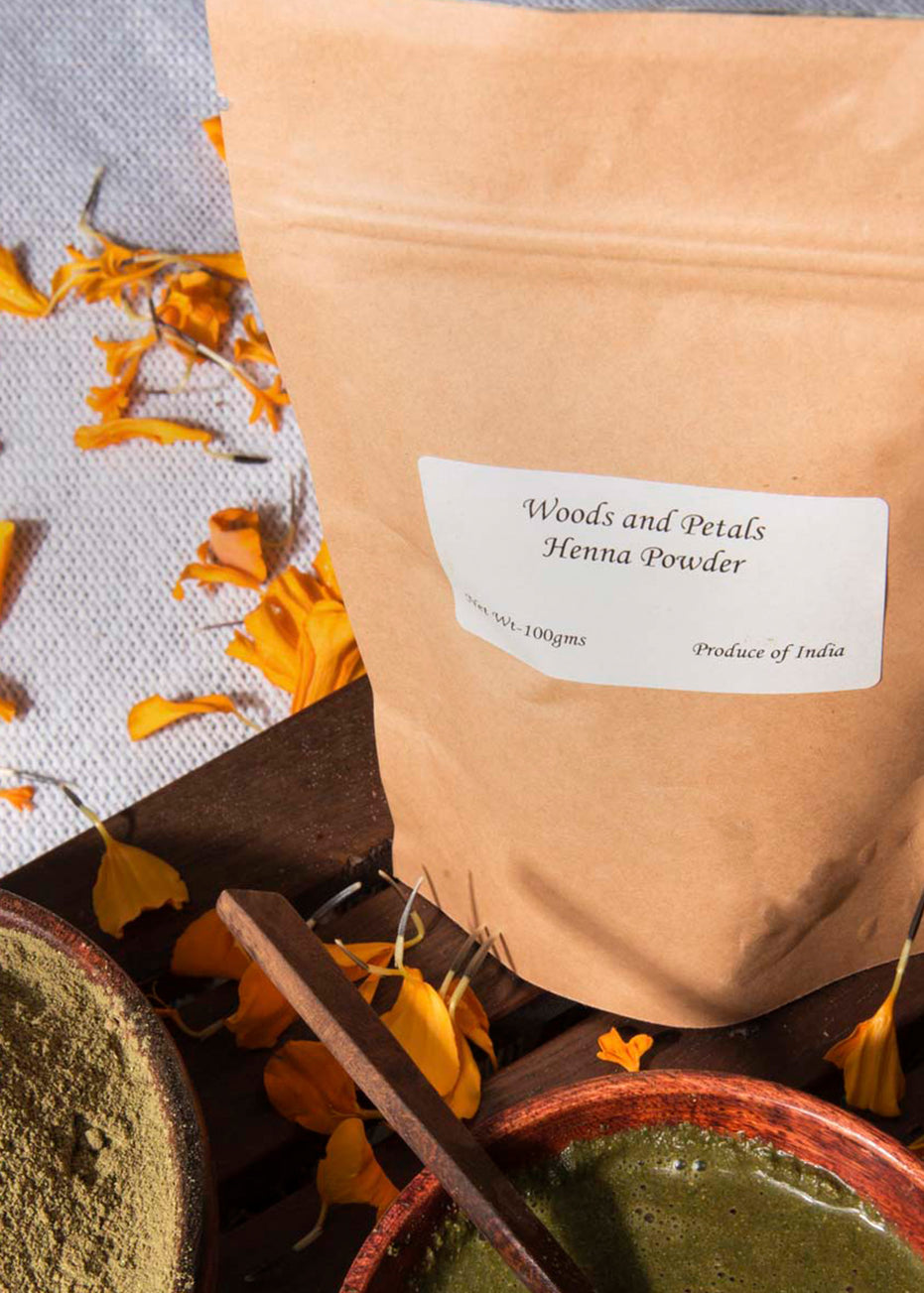 ihaat.in Woods And Petals Henna Powder