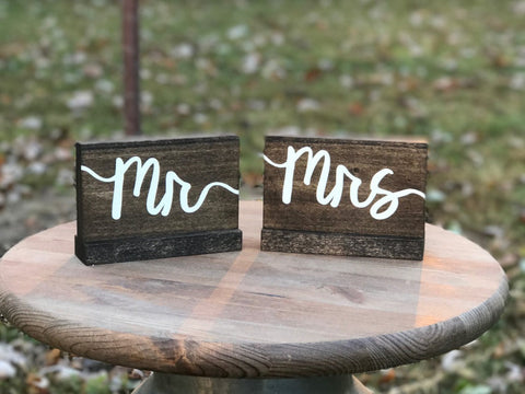 Mr and Mrs Wedding Sign Set