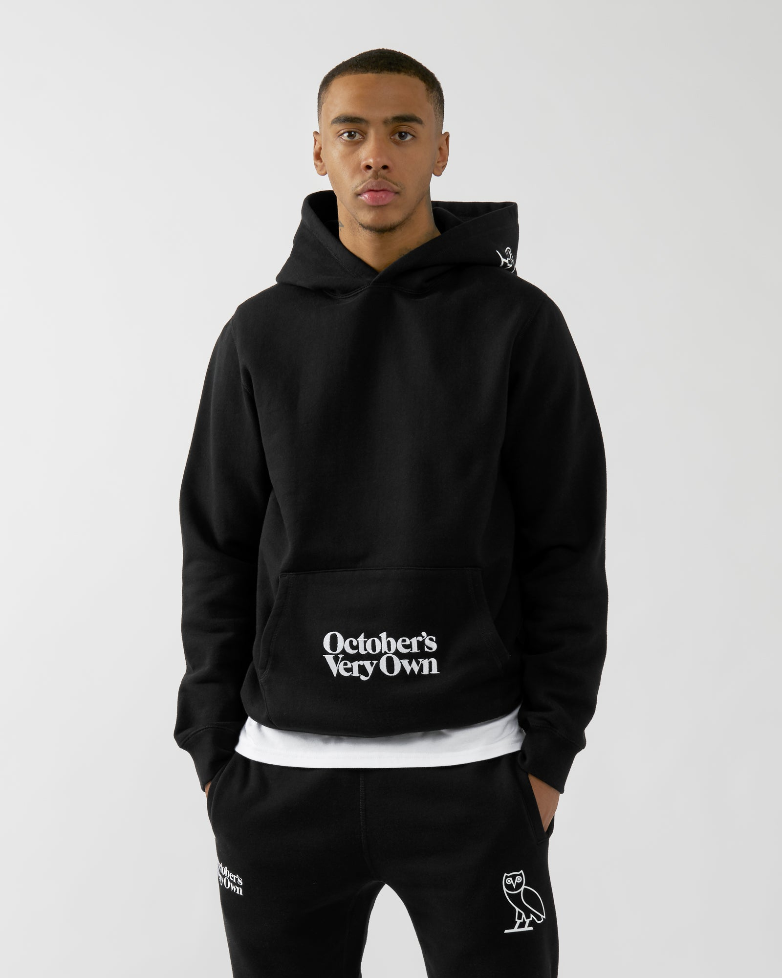 FAMILIA EMBROIDERED POCKET HOODIE - BLACK IMAGE #3
