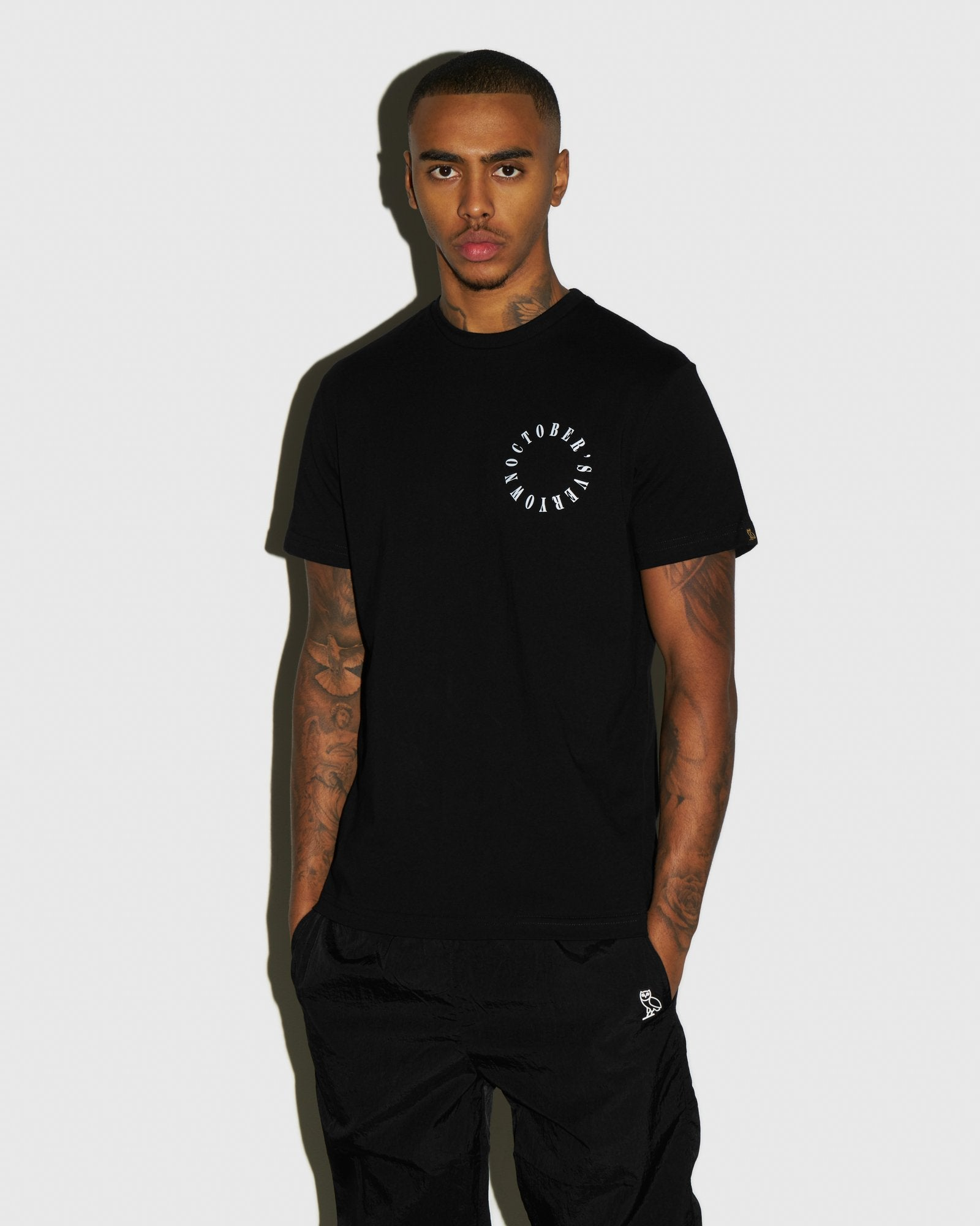 CIRCLE WORDMARK T-SHIRT - BLACK IMAGE #2