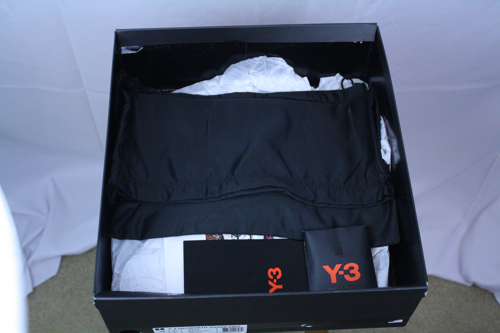 DEADSTOCK Y-3 Hayworth Guard (10)