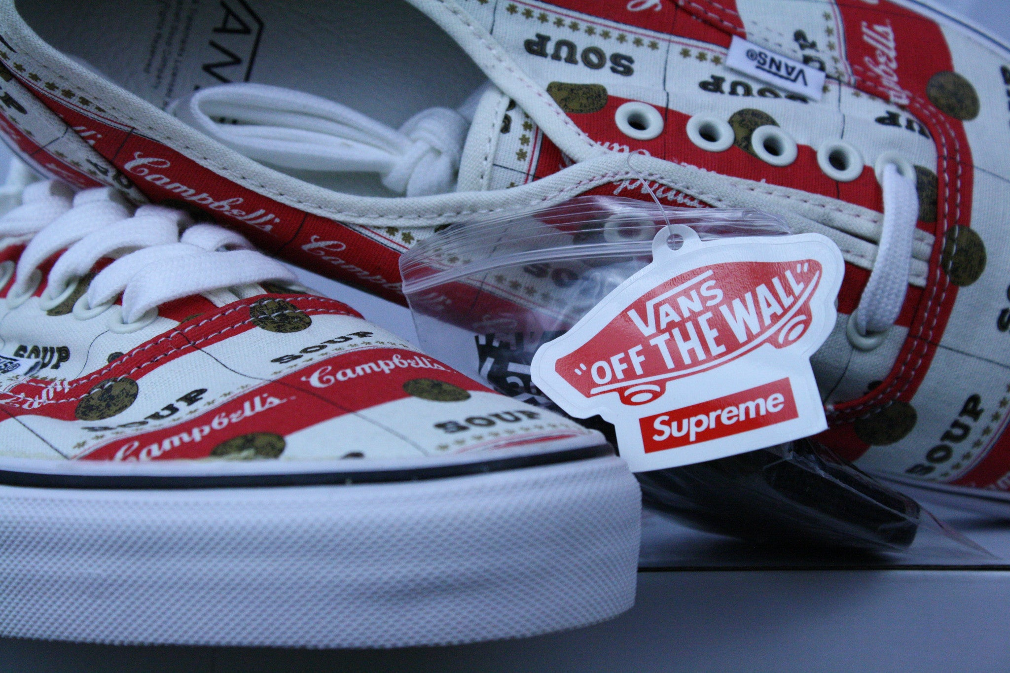 DEADSTOCK Supreme Campbell Soup Vans Authentic (10.5)