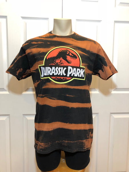 "1 OF 1 CUSTOM ""JURASSIC PARK"" T-SHIRT (M/L)"
