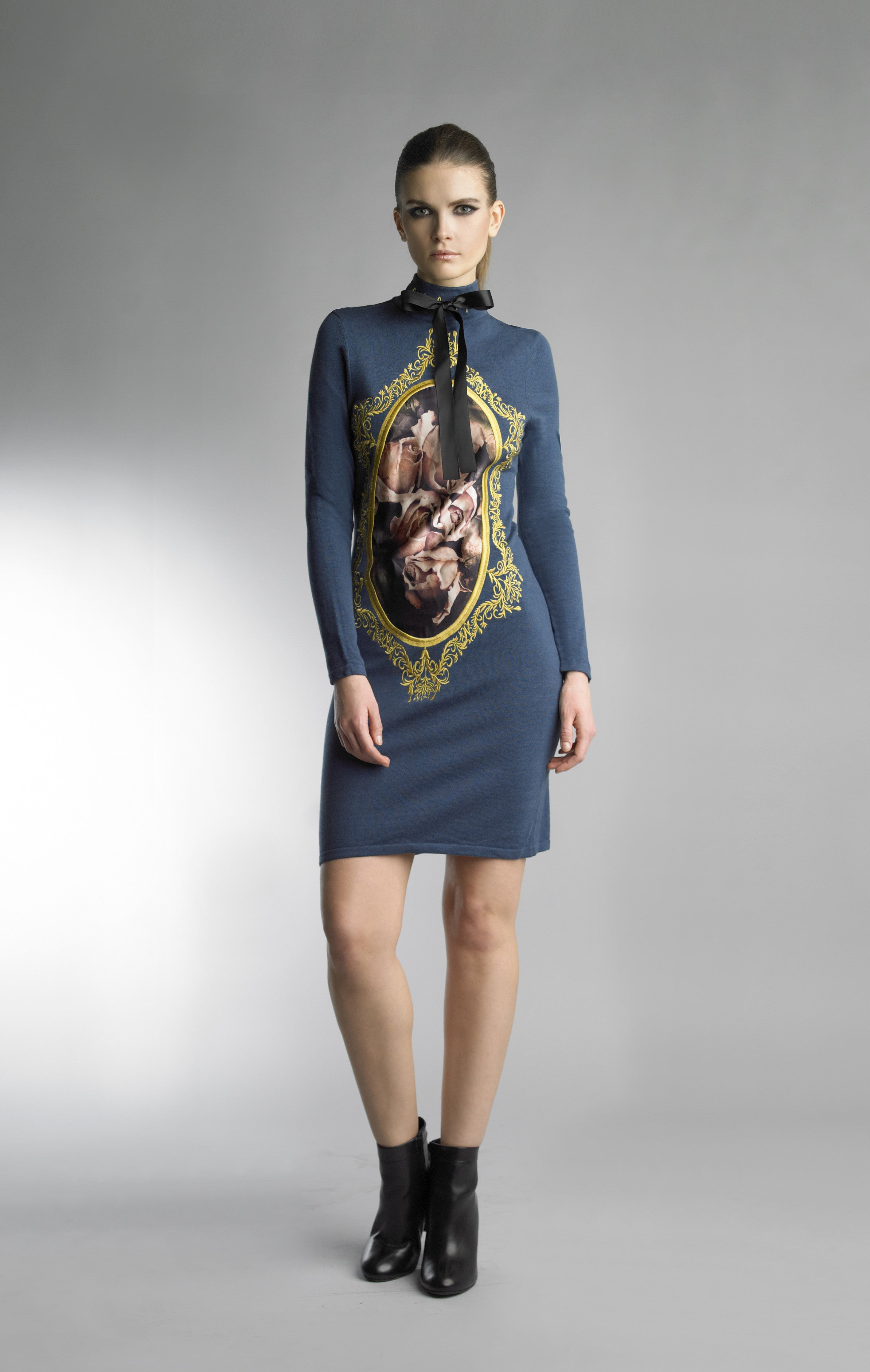 Historic New York The Historian Collection - Black and Floral Gallery of the Art La Rose Dress