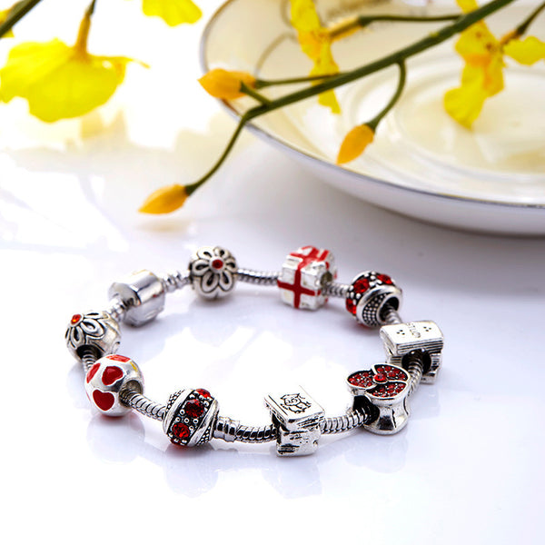 Red Heart Bracelet with Fashion Beads - ELARIC Collection