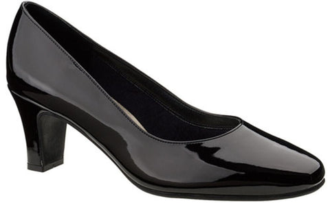 Karavan II Classic Dress Pumps