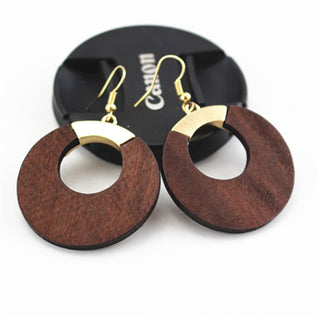 Natural Wood Round Dangly earrings