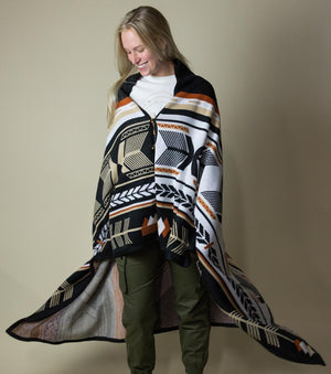 Explorer Wraparound Blanket