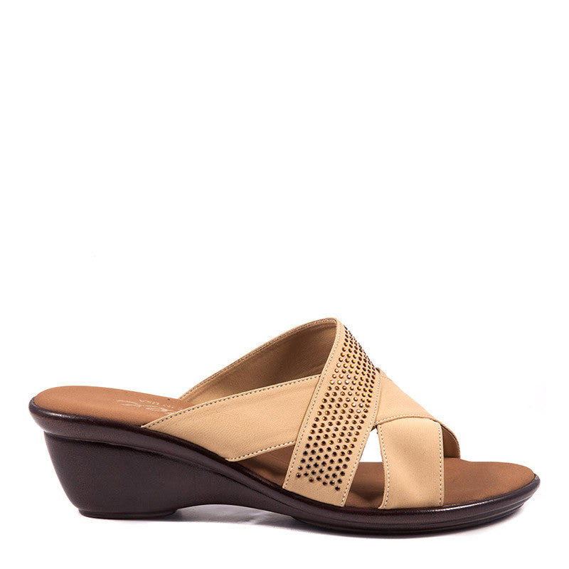 Onex Shoes Ariel, Beige Wedge