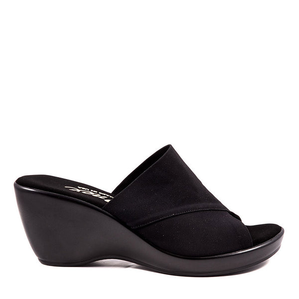 Onex Shoes / Deena Black