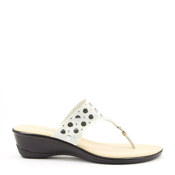 Onex Shoes / Mermaid White