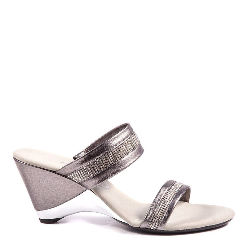 Onex Shoes / Stunning Pewter