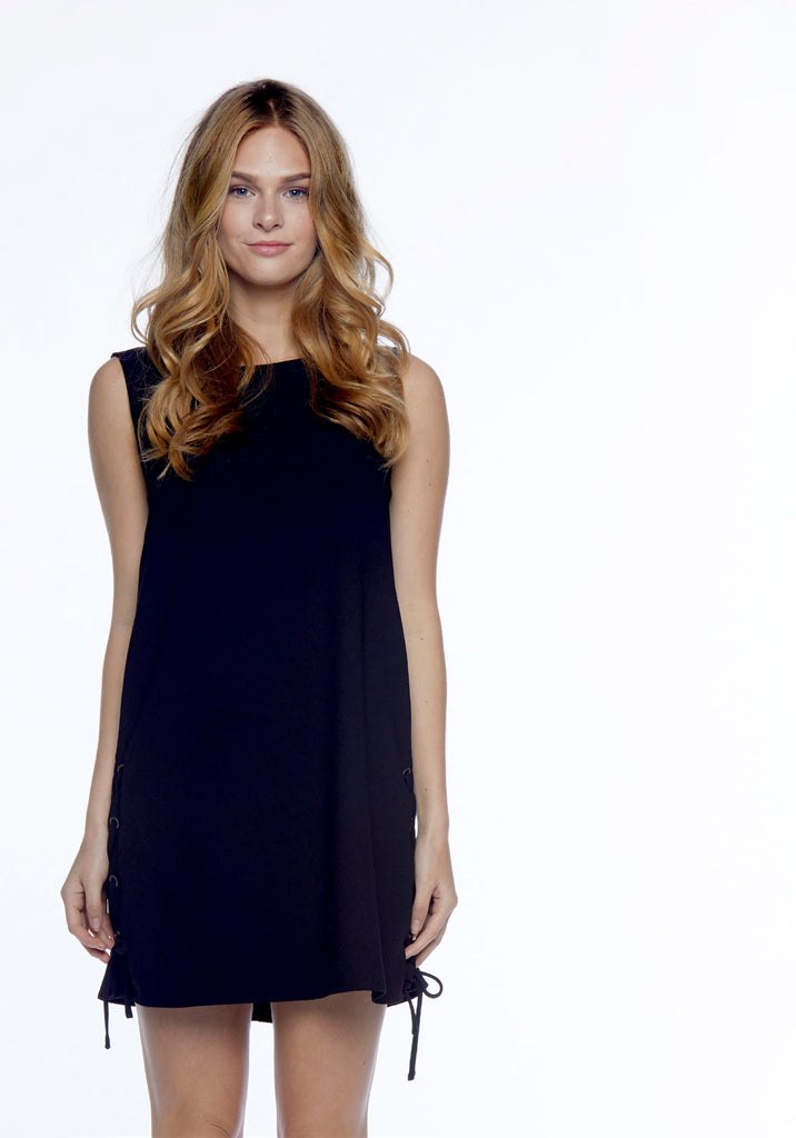 Cupcakes and Cashmere - Timberly Dress in Black