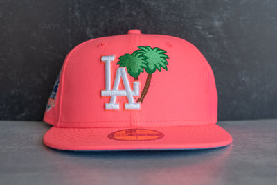 New Era LA Dodgers Palm Tree 60th Anniversary Sky UV (Hot Pink)