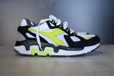 Diadora Mythos (Acid Green)