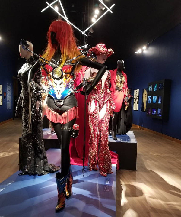 Fashion Friday: Thierry Mugler: Couturissime Exhibition Launches