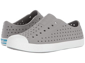 Native Junior Slip On in Pigeon Gray