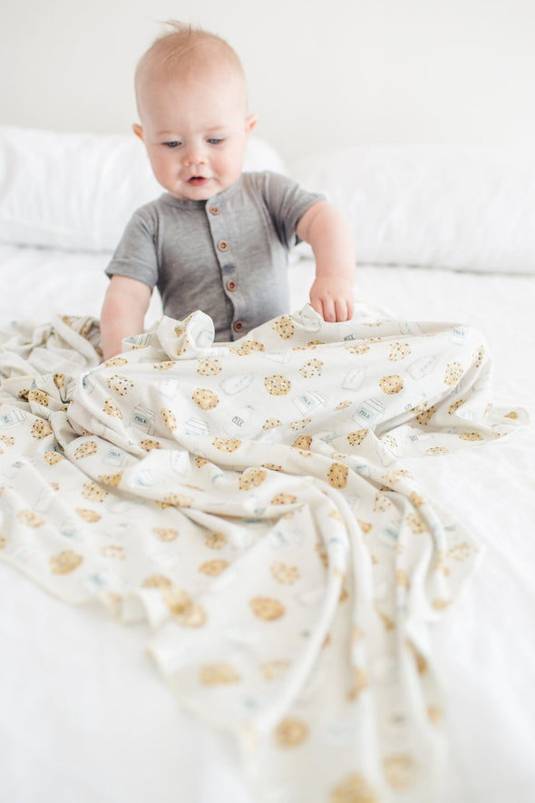 Copper Pearl Swaddle Blanket in Chip
