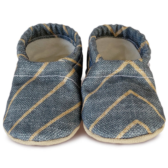 Clamfeet Crib Shoes in Grayson