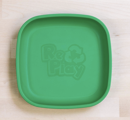 Re-Play Flat Plate in Kelly Green