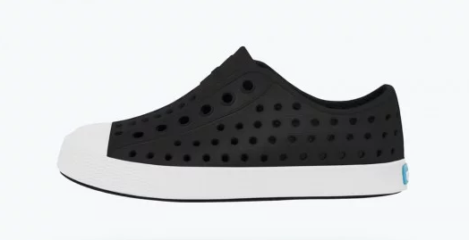 Native Slip On in Jiffy Black