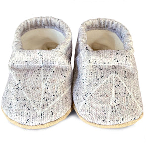 Clamfeet Crib Shoes in Wesley