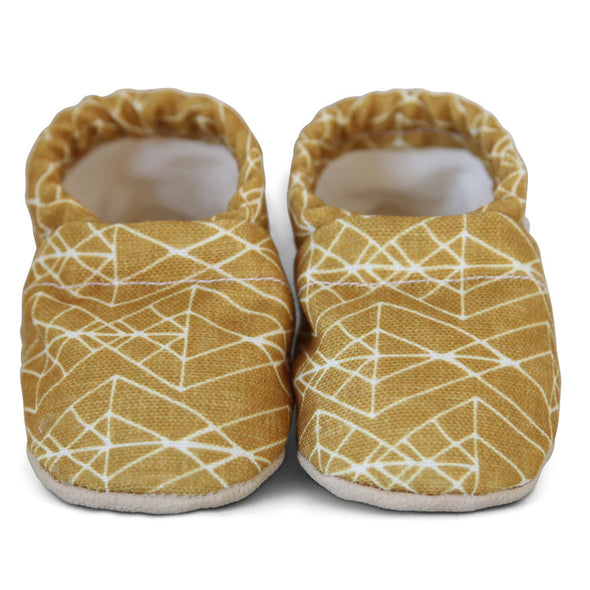 Clamfeet Crib Shoes in Martin