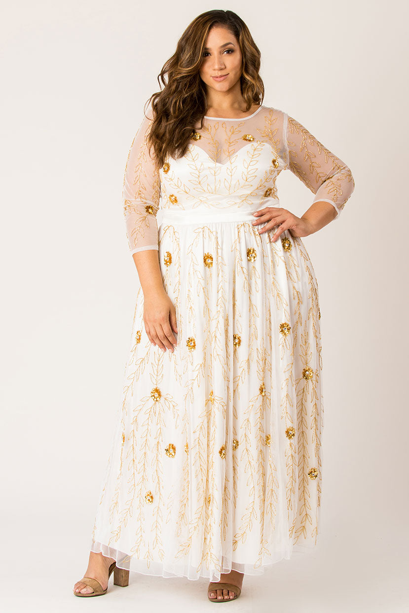 1950s Plus Size Fashion & Clothing History Dipping in enchantress maxi dress-White $129.99 AT vintagedancer.com
