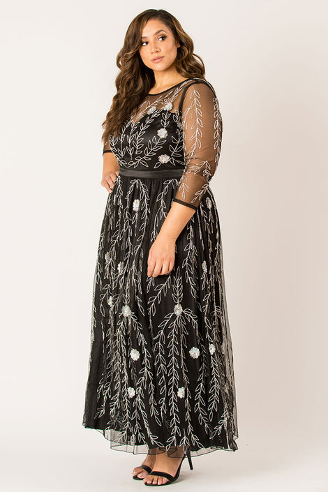 Dipping in enchantress maxi dress