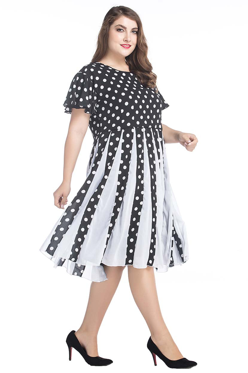 Polka Dots With Contrast Pleated Panel Dress