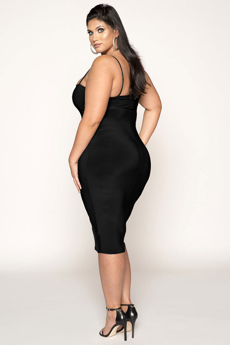 SPAGHETTI HIGH LOW CURVE DRESS
