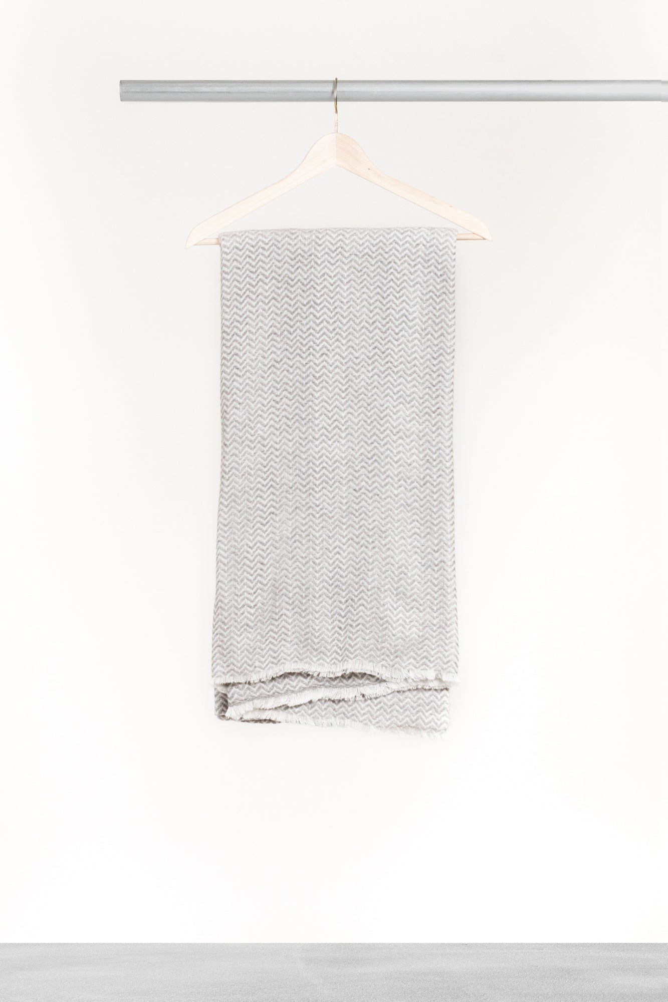 Grey Herringbone Cashmere Blanket - La Lo La Clothing